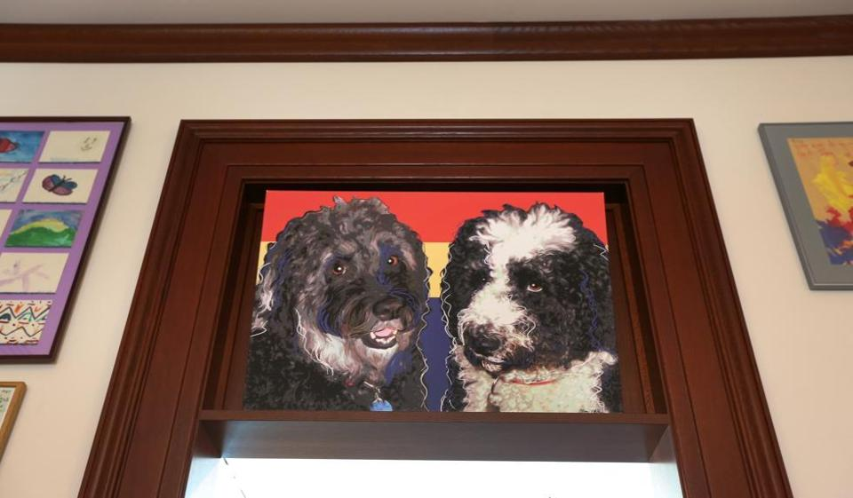 A photo of Kennedy's two dogs hangs over the doorway of his office replica.